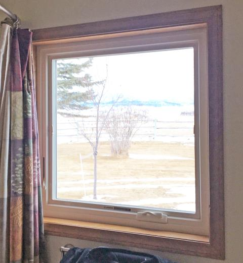 Dillon, MT - This Dillon home chose Renewal by Andersen Fibrex windows for their replacement needs.