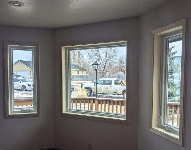 Great Falls, MT - This Great Falls, MT home upgraded their windows to our Energy Efficient Fibrex Windows!