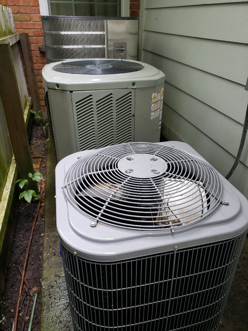 Performed Air Conditioner maintenance and repair in Winnetka Illinois. Performed air conditioning tune-up on multiple a/c units. Added refrigerant to Carrier Air Conditioner. North Shore Heating and Cooling is located in Glenview near the communities of Northbrook, Deerfield and Highland Park. We specialize HVAC service and repair. Visit us at www.northshoreheatingandcooling.com/special-offers.