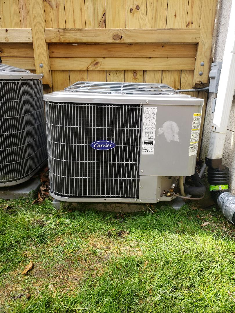 Air Conditioner Maintenance Call. Completed Air Conditioner Tune up and Safety Check on Carrier unit.  Replace Honeywell Furnace Filters.  Furnace and air conditioner maintenance can reduce your heating cooling costs and extend the service life of your HVAC Equipment.  North Shore Heating & Cooling is your local Residential Heating and Air conditioning service contractor.  Call us at 847-729-1040 or Visit us at  www.northshoreheatingandcooling.com