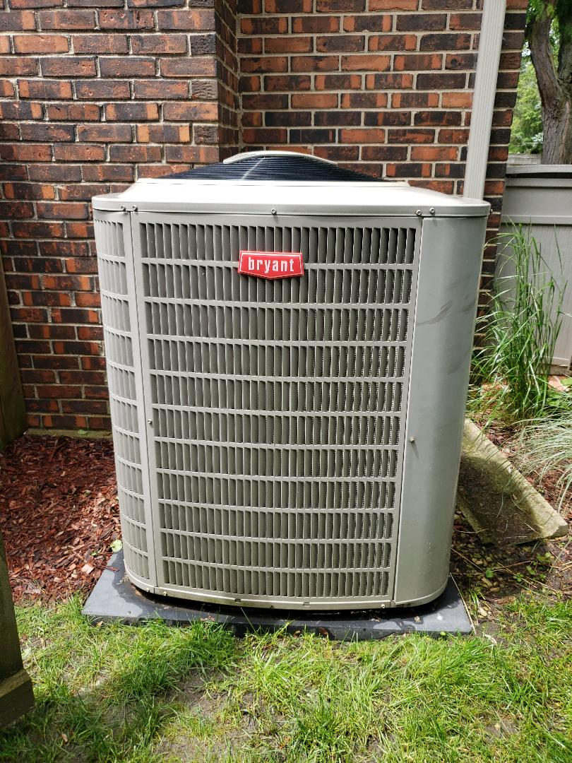 Northbrook, IL - Complete  Air Conditioner Tune Up and AC Repair Service in Northbrook Illinois. Residential AC Tune Up performed on Bryant unit. North Shore Heating & Cooling provides Local Residential Furnace and Air Conditioning Repair and Replacement and Installation.  Located in Glenview IL and serving the surrounding suburbs including Deerfield IL, Highland Park IL,  and Lincolnshire IL, in addition to all the North Shore Communities of Illinois.  Call us at 847-79-1040