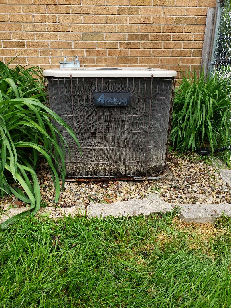 Perform air conditioner tune up on Amana air conditioner located in Northfield Illinois. Replace furnace filter. North Shore Heating and Cooling is your local HVAC contractor located near you in Glenview Illinois. Providing ac service for the northshore since 1987. Servicing your furnace and air conditioner in Northbrook, Glenview, Highland Park, Deerfield, Riverwoods, Lincolnshire, WIlmette, Glencoe Northfield and Winnetka as well as surrounding areas. Call today to set up your air conditioner cleaning and tune-up and save ten dollars by doing your furnace tune up at the same time. Call Now 847-729-1040 or visit our website for more money saving offers at www.northshoreheatingandcooling.com/special-offers.