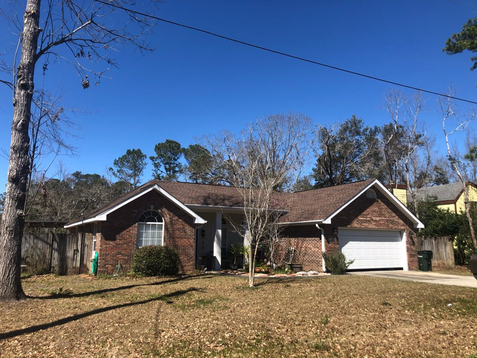 Diamondhead, MS - B&M Roofing used GAF lifetime series timberline architectural HDZ shingles for this beautiful Barkwood roof!
