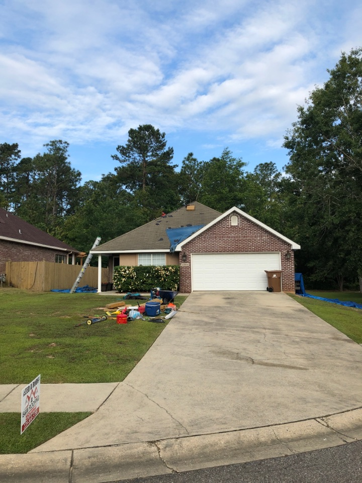 Gulfport, MS - Starting another roofing job using Timberline HDZ 50yr shingles in charcoal