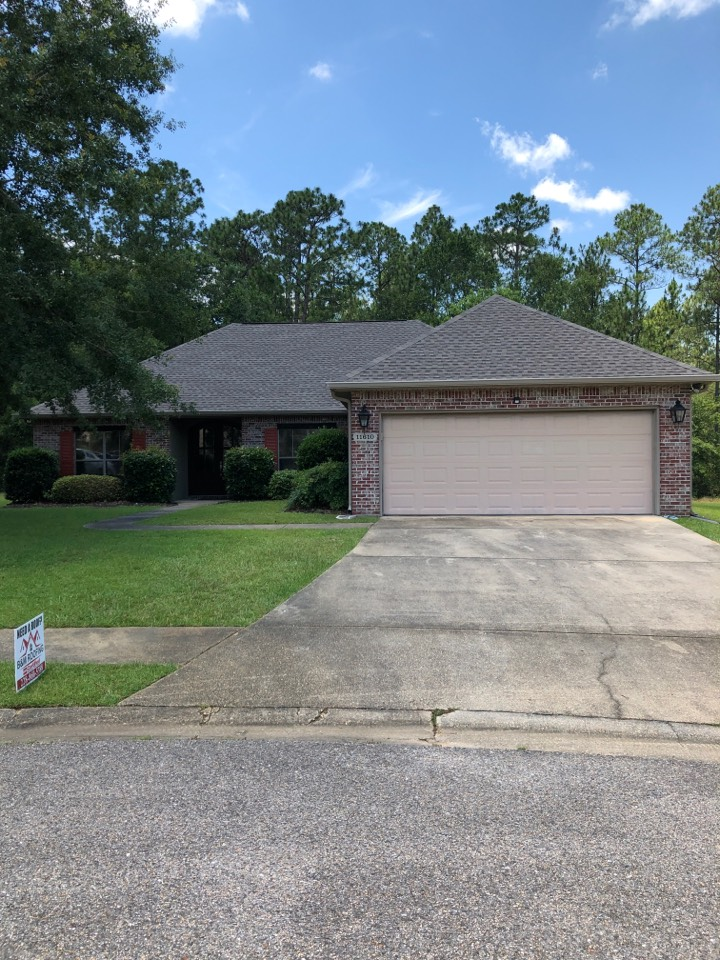 Gulfport, MS - Another job finished using Timberline HDZ 50yr shingles in weather wood