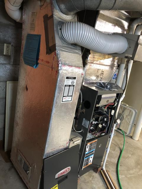 Granville, OH - I performed a Air duct cleaning that helps to eliminating dust, mold and other contaminants from your heating and air conditioning system ductwork