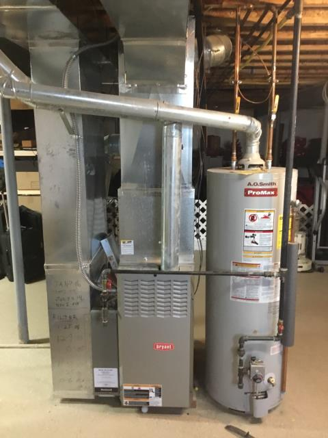 Granville, OH - I am Performing our Five Star Tune-Up & Safety Check on  2018 Carrier Gas Furnace. All readings were within manufacturer's specifications, unit operating properly at this time.