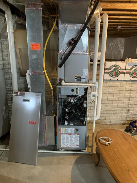 Granville, OH - I performed a tune up and safety check on Bryant gas furnace and manufacturer recommends replacing inducer and blower capacitor.