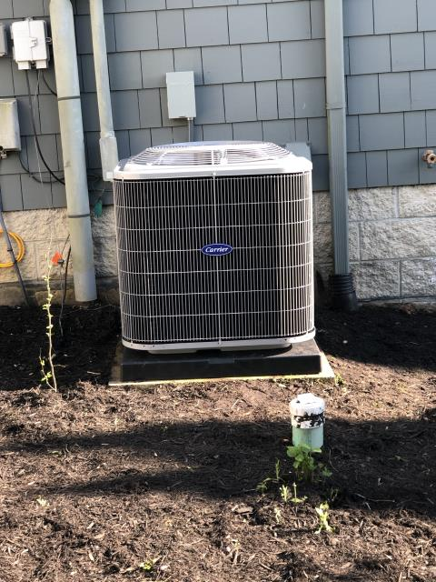 Thornville, OH - I performed a tune up and safety check on a Carrier heat pump.  Everything was working upon departure according to manufacturer's specifications.