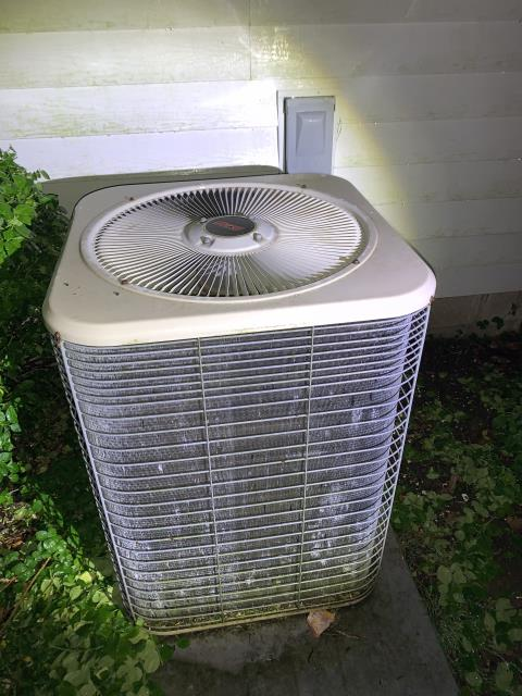 Newark, OH - I removed a Lennox Air Conditioner.  I installed a Carrier 17 SEER 2 stage 4 Ton Air Conditioner.  Cycled and monitored the system.  Operating normally at this time.  Included with the installation is a free 1 year service maintenance agreement.