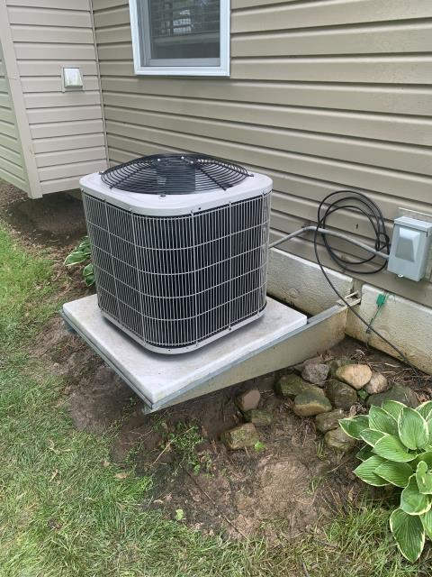 Thornville, OH - I performed a checkout tune-up on a Bryant air conditioner. Upon arrival I went through my tune-up checklist, I noticed customer has a known leak, so I sealed it. I then added 1.5 lbs of Puron. Upon departure I thoroughly cleaned the system and seen no issues at this time, system is cooling and fully operational.