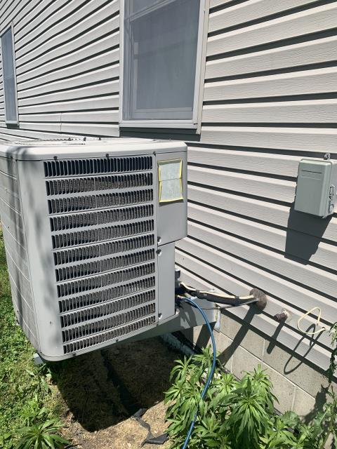 Hebron, OH - I performed a diagnostic service call on a Goodman air conditioner. Upon arrival I seen the filter on unit is very dirty and I also seen the unit low on charge. I added 2lbs of Freon to unit and cleaned unit. Upon departure system is fully operational.