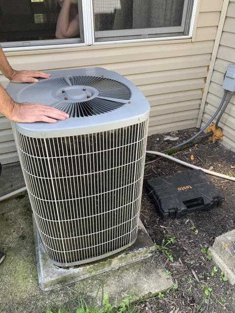 Baltimore, OH - I completed a diagnostic and found capacitor bad on outdoor unit. Unit was not operational upon departure.