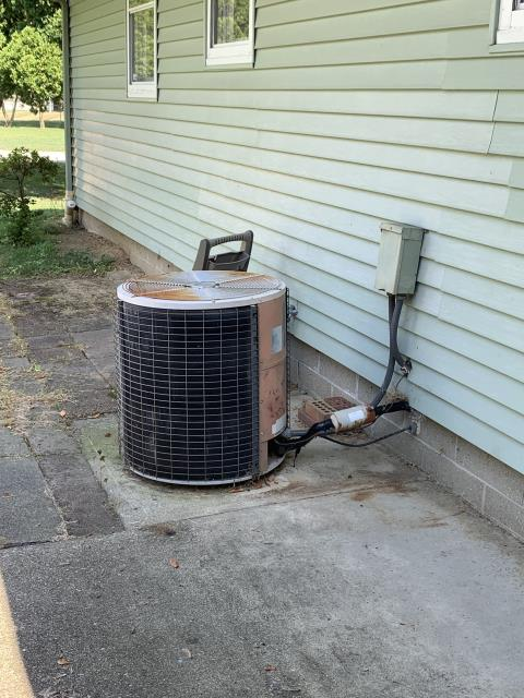 Newark, OH - I completed a diagnostic on a 30 year old system and found the unit was low on refrigerant and not cooling well at all. Customer decided to replace the unit with a new system.