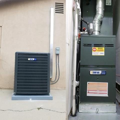 Simi Valley, CA - Installing a brand new Temp Air System Signature Series in Simi Valley for a wonderful family. Installation included duct system replacement.