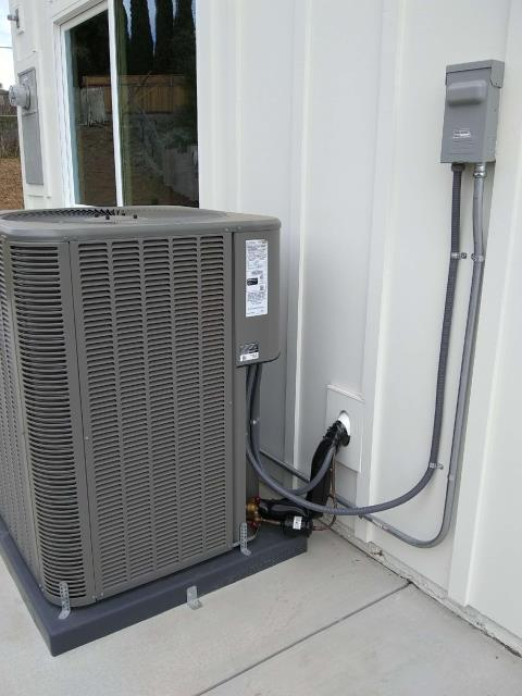 Burbank, CA - Installed a new Gas Furncae, new ducts, and a new Thermostat in the city of Burbank, CA.