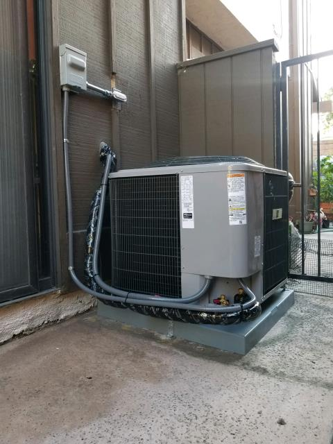 Huntington Park, CA - Replaced the condenser, coil, and the furnace in the city of Huntington, Park, CA.