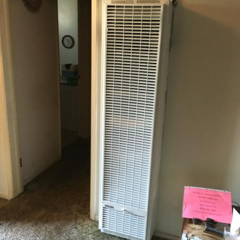Downey, CA - Installed a new wall furnace in the city of Downey, CA.