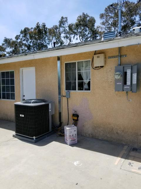 Oxnard, CA - Installed a new condenser, coil, and furnace. We also installed a 200amp Panel in the city of Oxnard, CA.