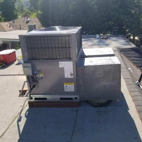 Pasadena, CA - Replaced a package unit in the city of Pasadena,CA.