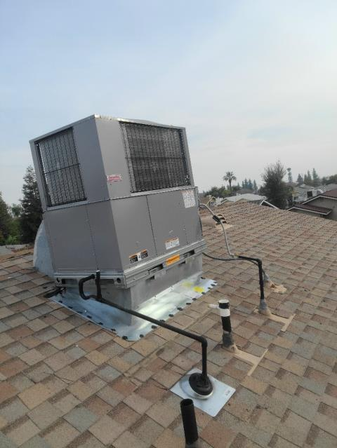 Replaced a rooftop package unit in the city of Bakersfield, CA.