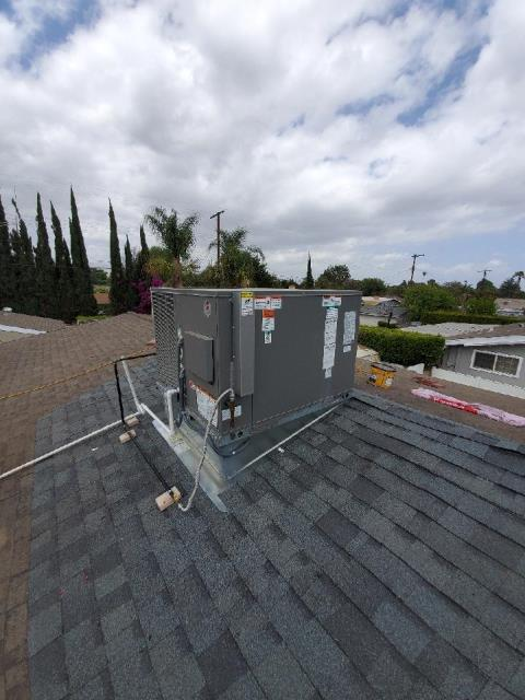Los Angeles, CA - Package unit installation for the McRoy Family in Los Angeles, Ca.