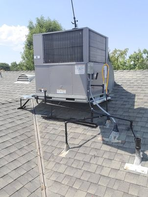 Taft, CA - Removed and replaced a rooftop package unit in the city of Taft,CA.