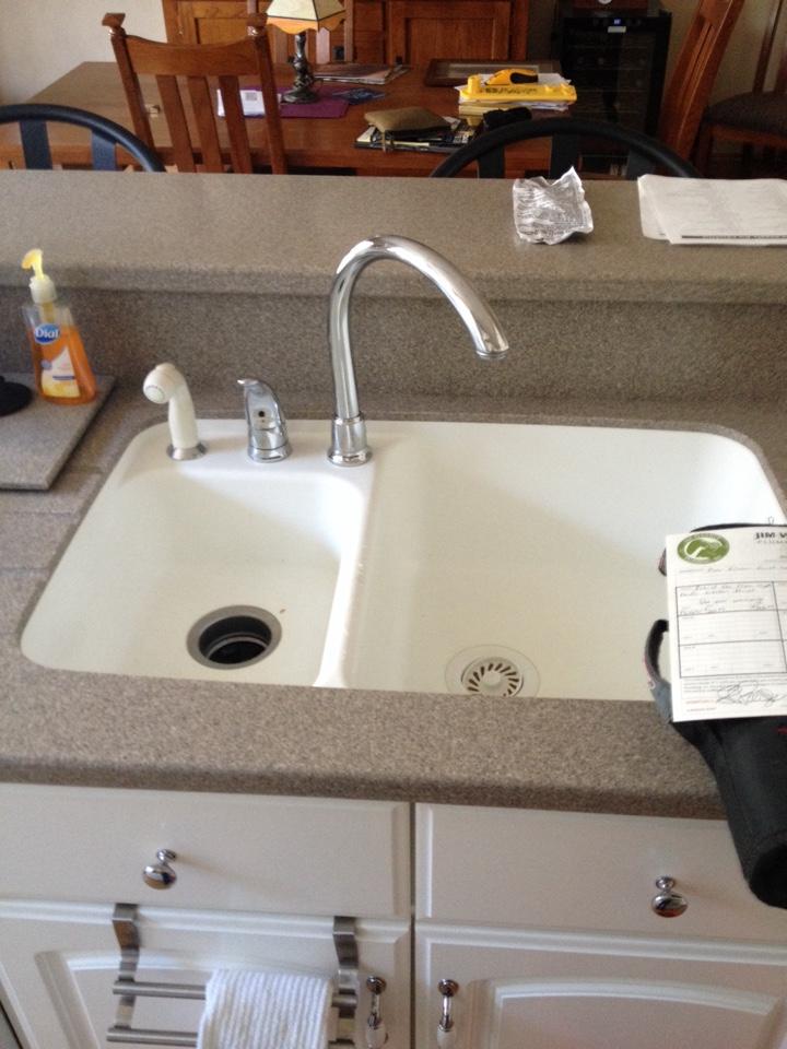 Naperville Il Rebuild A Moen Kitchen Faucet