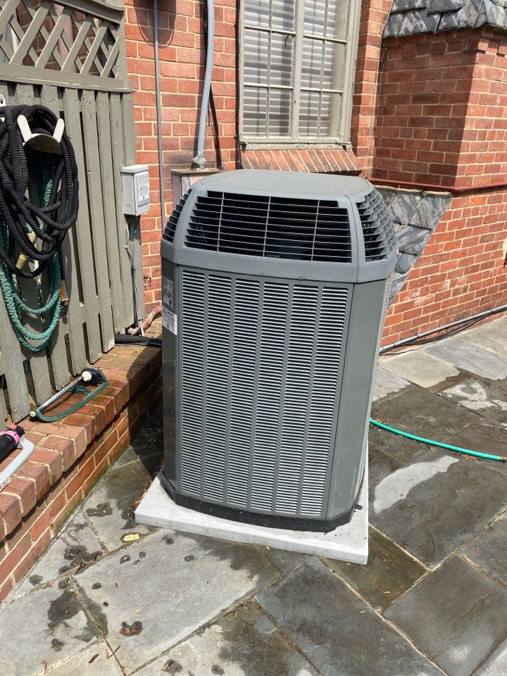 Chevy Chase, MD - Performed cooking system inspection and maintenance at Chevy Chase MD.