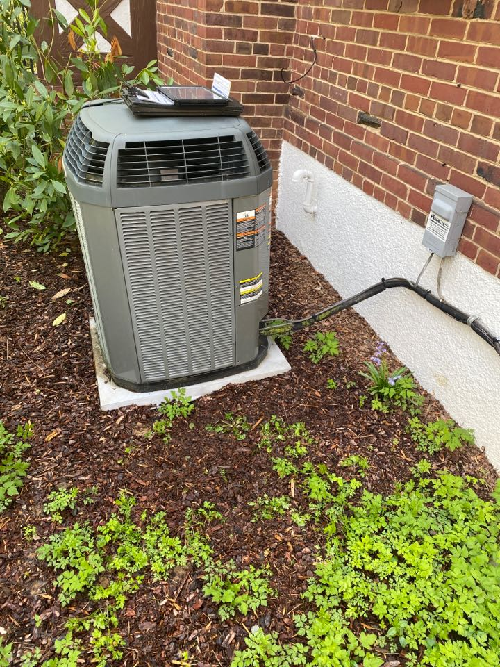 Washington, D.C., DC - Performed cooling system inspection and maintenance at Washington DC NW.