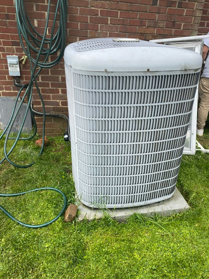 Bethesda, MD - Works on cooling system at Bethesda MD 20816.