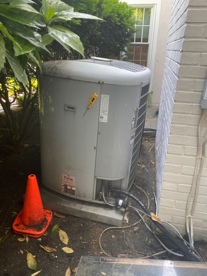 Washington, DC - Performed cooling system inspection and maintenance in Washington DC NW. 20015.
