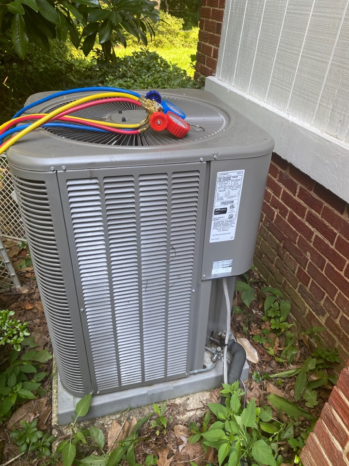 Washington, DC - Performed cooling system inspection and maintenance in Washington DC NW 20015.