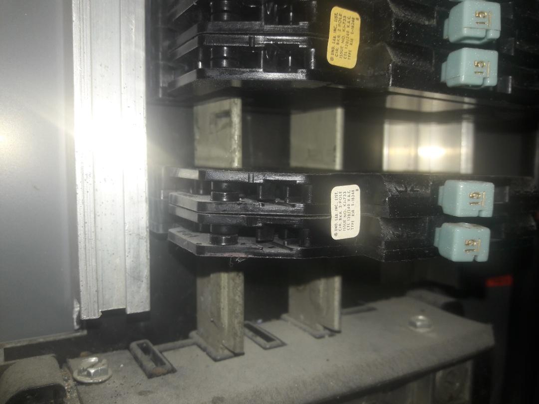 Palmetto Bay, FL - Replace 20 amp zinsco circuit breaker. Palmetto Bay,Fl