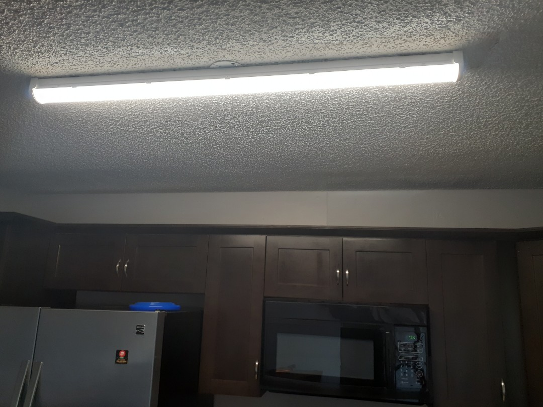 Pembroke Pines, FL - Installed new LED Light fixture in kitchen. Pembroke Pines,Fl