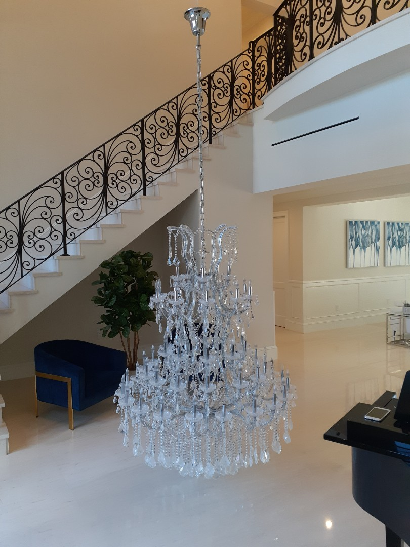 Miami, FL - Install fuse for chandelier motor lift. Pinecrest Fl 33156