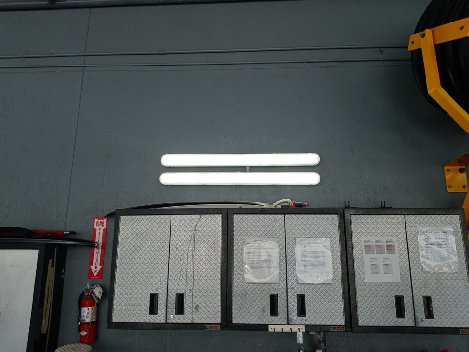 Palmetto Bay, FL - Installing new LED lights