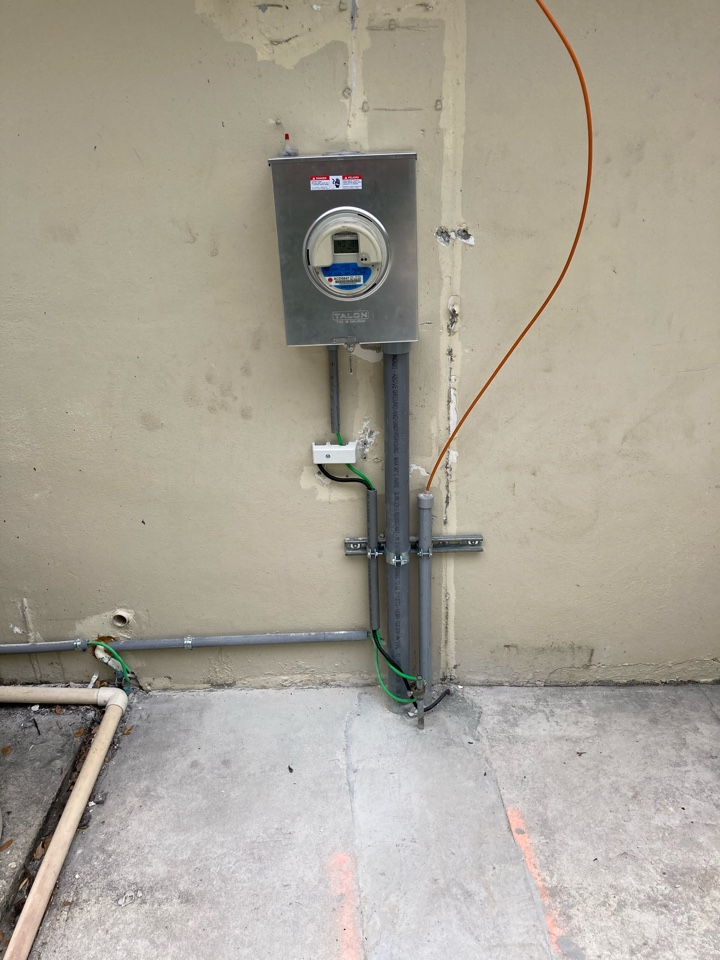 Palmetto Bay, FL - Installed new meter can service