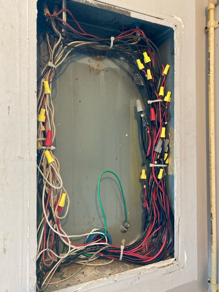 Homestead, FL - Installed new electrical grounding to existing panel