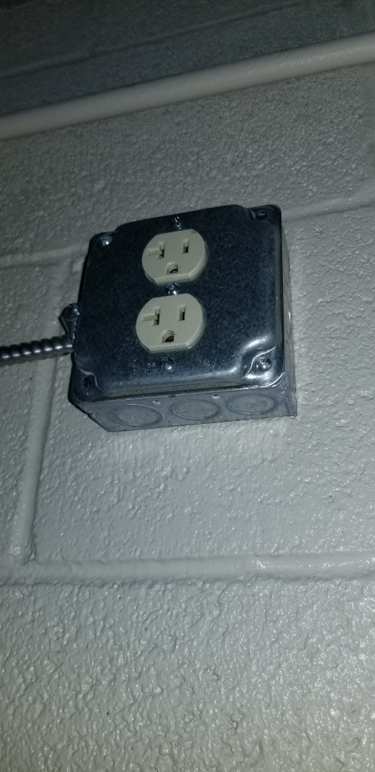 Pembroke Pines, FL - Installed 3 new duplex receptacles for routers in customs and patrol in pembroke pines, Fl