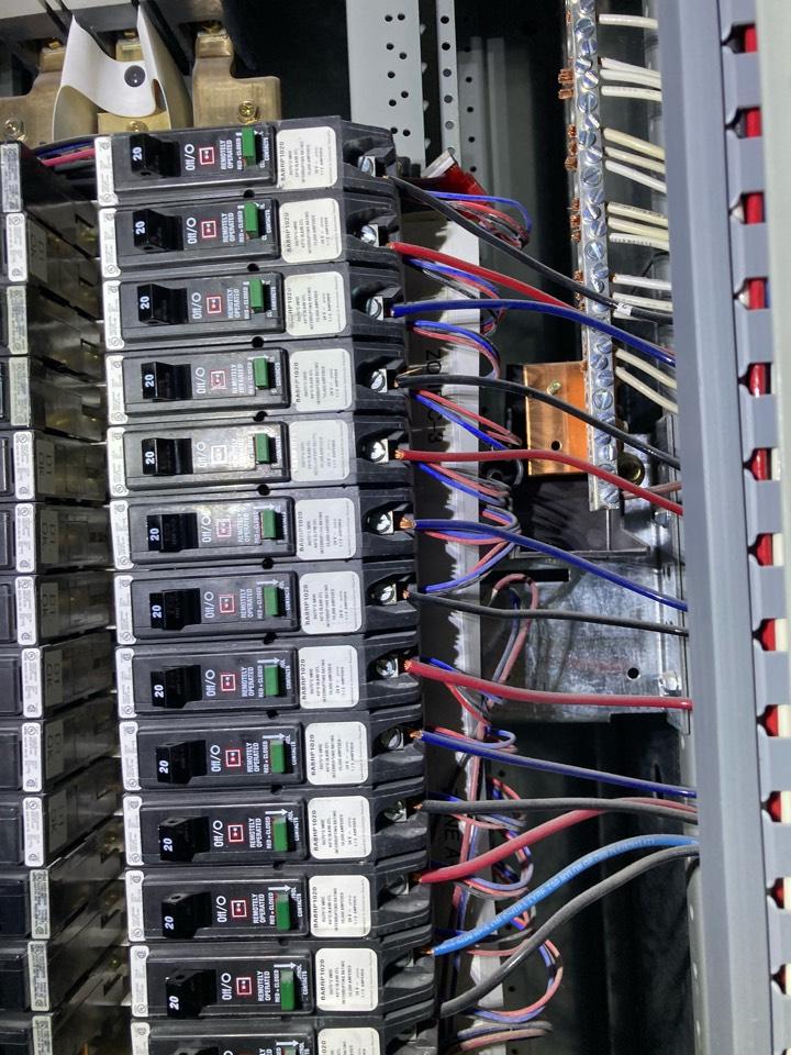 Sunrise, FL - Emergency lighting repair on lighting system in mall
