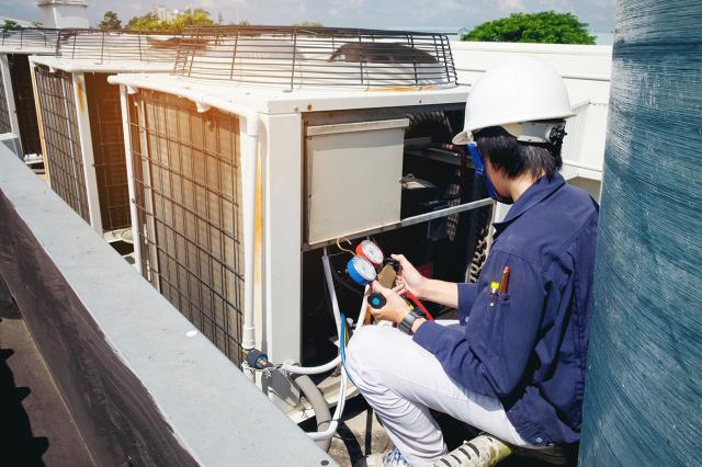 Stockton, AL - If your air conditioning is very old and is failing frequently, then a replacement may be a good long term solution. Know What Options You Have : https://comfortservicesal.com/