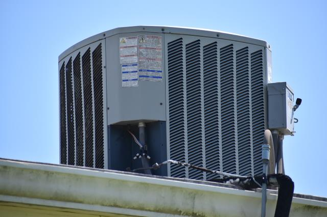 Hiring someone to perform residential and commercial air repair will take less energy for things to work and you have the potential to save a great deal of money.