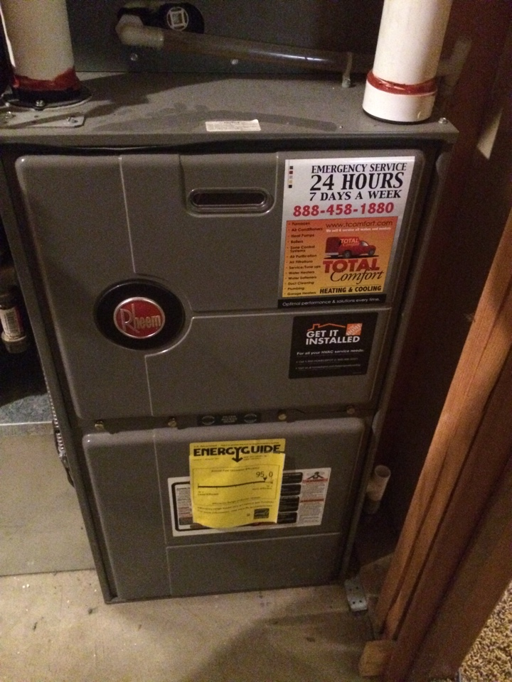 Furnace tune up and maintenance on a Rheem furnace
