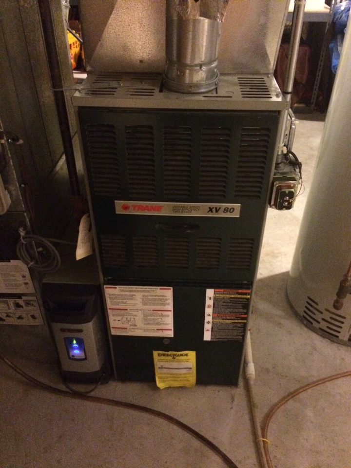 Furnace tune up and maintenance on a trane xv95