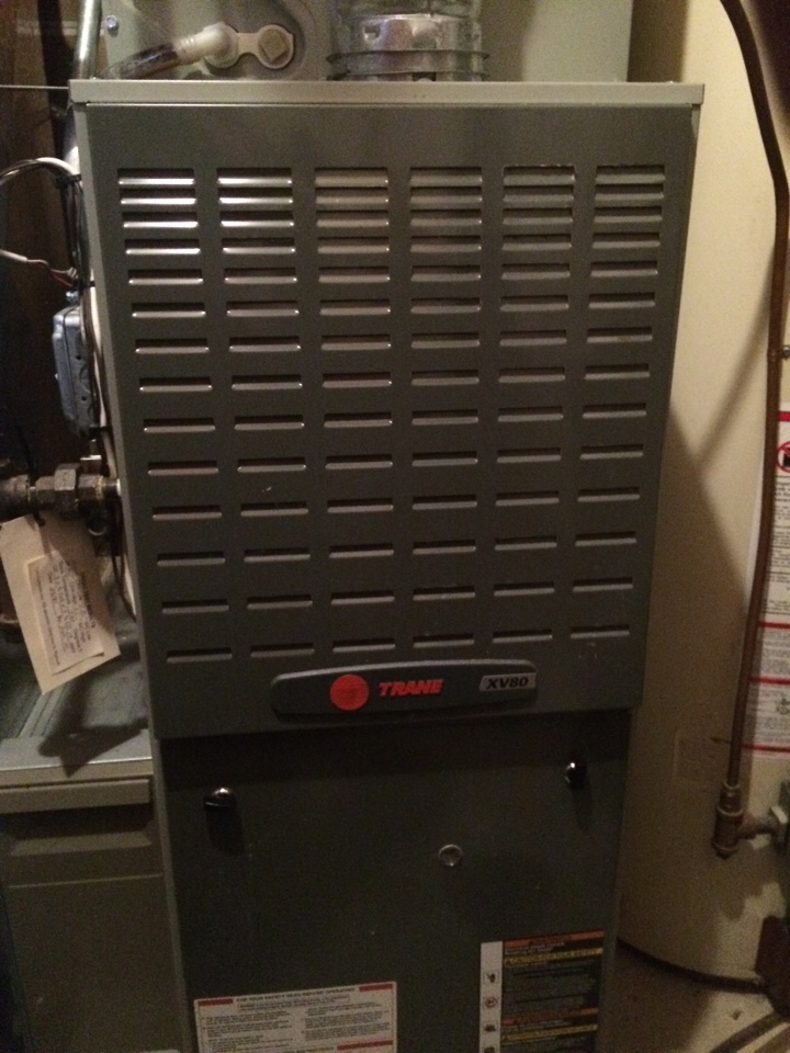 Inver Grove Heights, MN - Maintenance/tune up on a trane xv80 furnace
