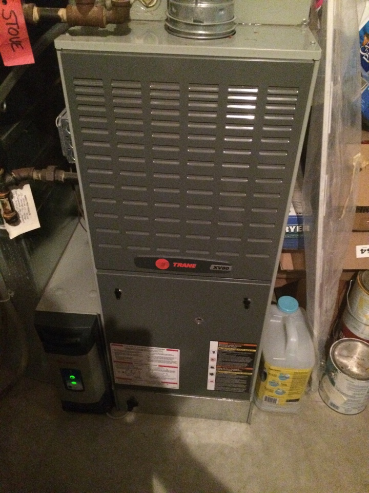 Champlin, MN - Maintenance on a trane furnace