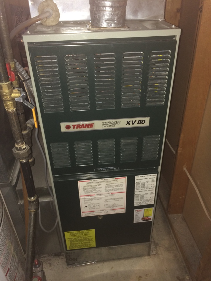 Saint Paul, MN - Maintenance on a trane furnace xv80