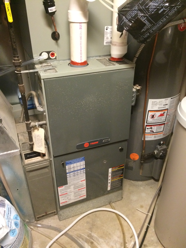Andover, MN - Maintenance on a xv90 trane furnace