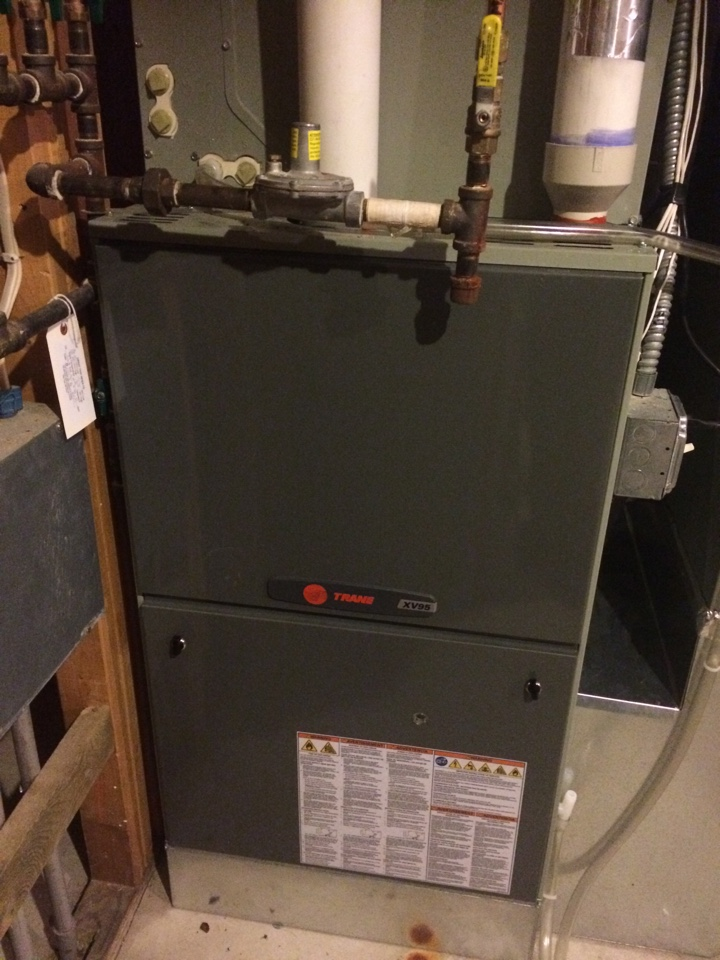 Inver Grove Heights, MN - Service on a trane xv95 furnace